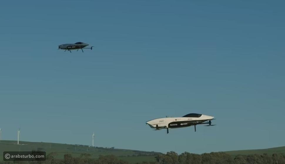 شاهد بالصور.. أول سيارات سباق كهربائية تحلق في سماء أديلايد