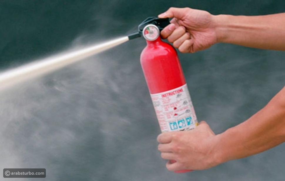 نصائح لإطفاء حريق السيارات بأقل الخسائر
