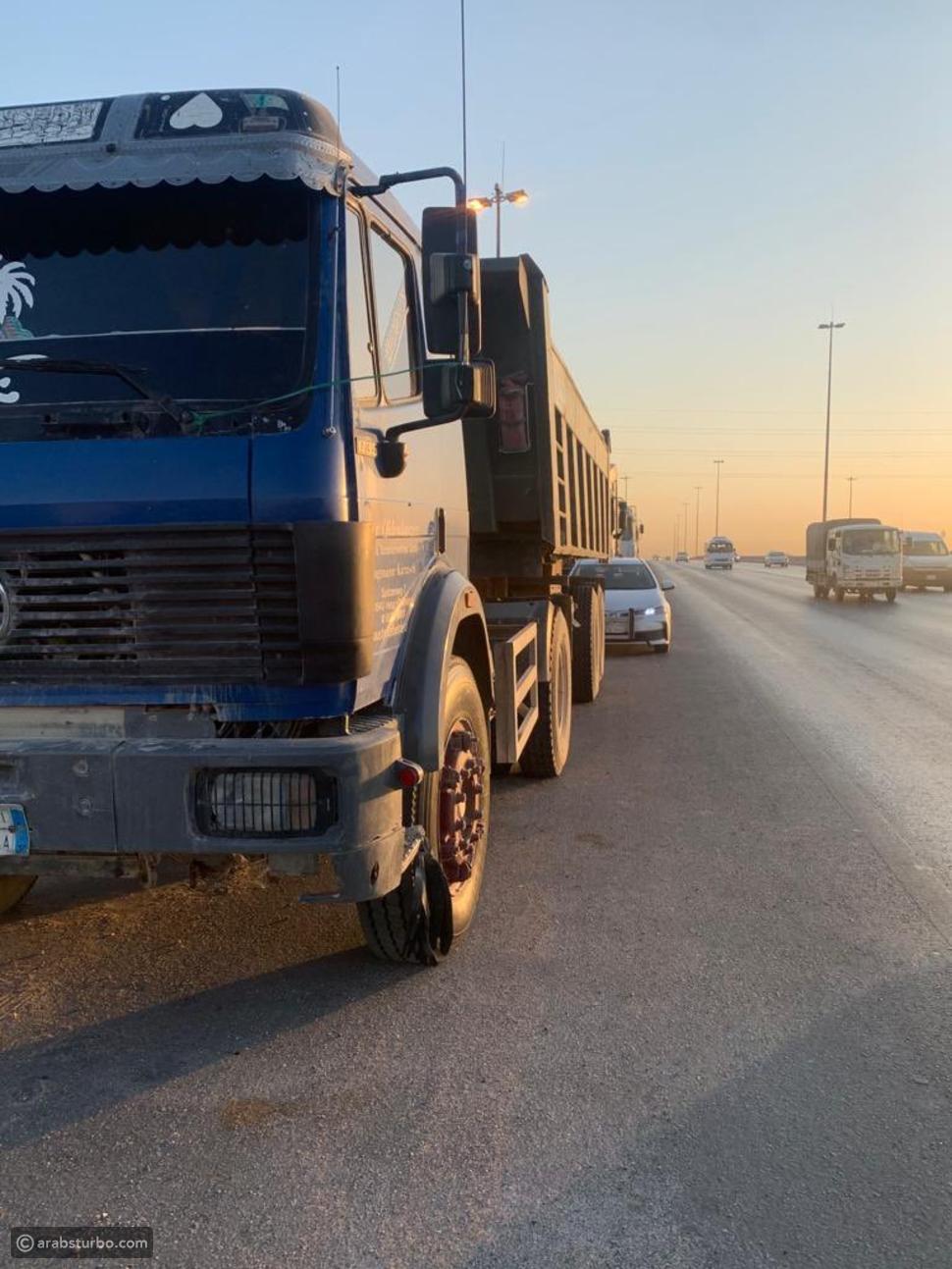 السعودية: تحايل الشاحنات على نقاط الرصد والمرور يتفاعل