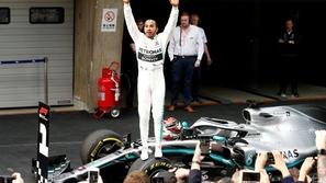 فورمولا 1: بطل العالم يحذر من سيطرة ميرسيدس