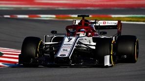 ألفا روميو تستعد لإزاحة الستار عن طراز فورمولا 1
