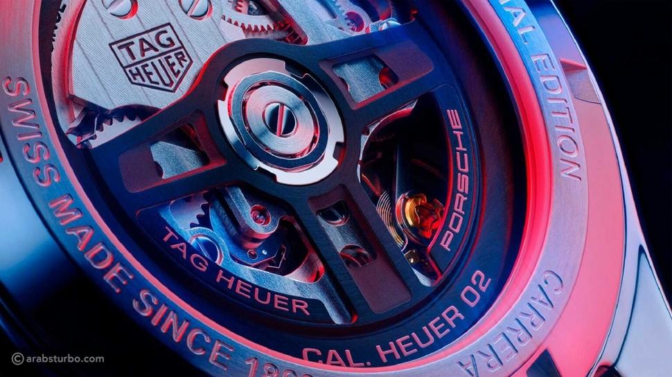 ساعة بورش الجديدة تنكشف بتفاصيل مثيرة