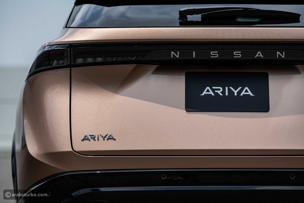 نيسان تطرح سيارة أريا الكروس أوفر الكهربائية 100%
