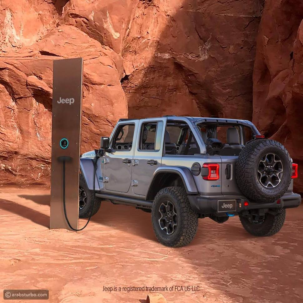 شاحن كهربائي في الصحراء: صورة ترويجية جديدة لرانجلر المنتظرة