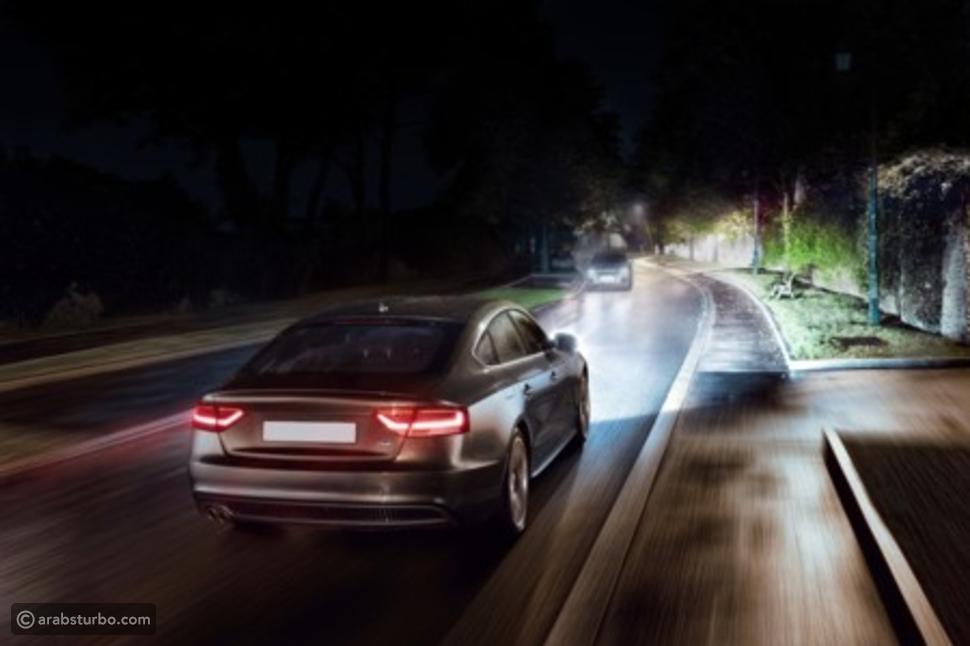 لغة مصابيح الإشارة السرية بين قائدي السيارات في مصر