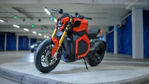 دراجة نارية تنطلق لـ300 كم دون توقف