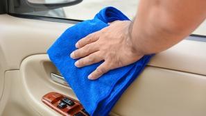 لضمان صيام نظيف: تخلص من هذه الروائح في سيارتك