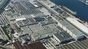 صدق أو لا تصدق: فولو تغلق مصانعها في أوروبا وتفتحها في الصين!