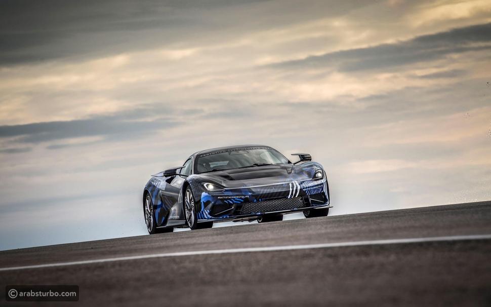 بينينفارينا تقدم سيارة كهربائية خارقة بقوة لا تصدق