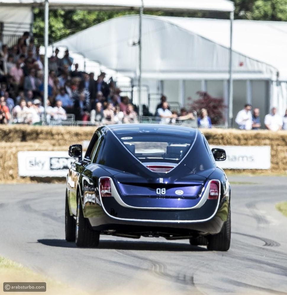 فيديو أغلى سيارة في العالم تتمختر في مهرجان جودوود للسرعة