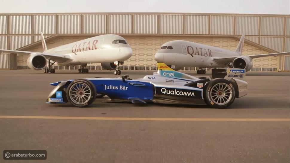 فيديو سباق بين سيارة فورمولا E وطائرة إيرباص A350 في مطار قطر