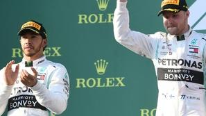 فورمولا 1: بوتاس يتفوق على هاميلتون ويفوز بأفضل سباق