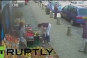 فيديو: مضاربة بين فتاتين في برمنغهام من أجل موقف سيارة