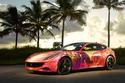 فنان يحول سيارة فيراري FF إلى لوحة رائعة على عجلات (صور)