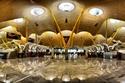 مطار باراخاس، أسبانيا: يحتوي على مساحات ضخمة للمسافرين