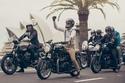 بالصور: إذا كنت من محبي الدراجات النارية فهذه الإطلالات هي الأفضل لك