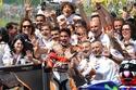 صور: ماركيز يحقق فوزه السادس على التوالي في بطولة العالم للموتو جي بي